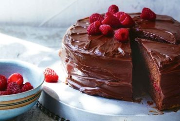 Order online cakes in Mumbai Only @Rs. 399/-