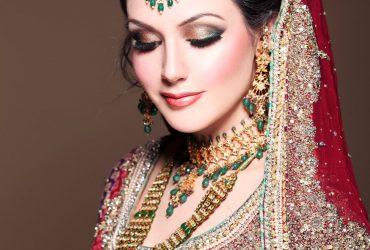 Beauty Salon   Makeup Studio   Eye Makeup Artist